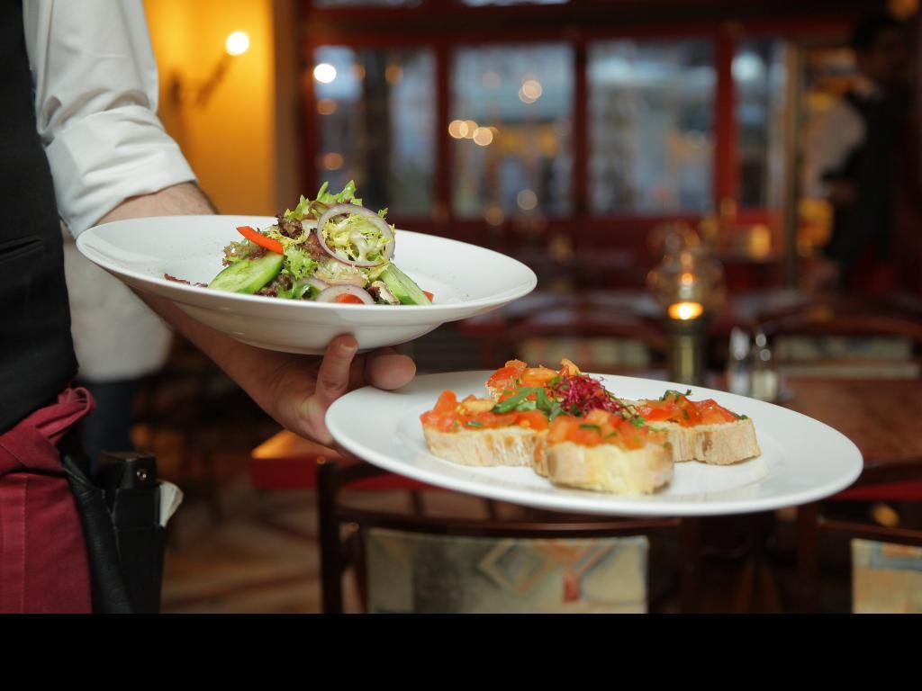 Restaurant emenu system: an advanced form of restaurant for the restaurant industry