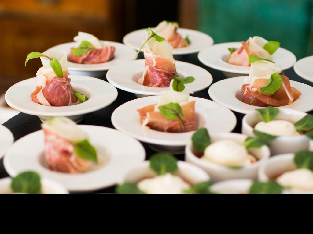 Catering sydney – 3 reasons to hire a catering company