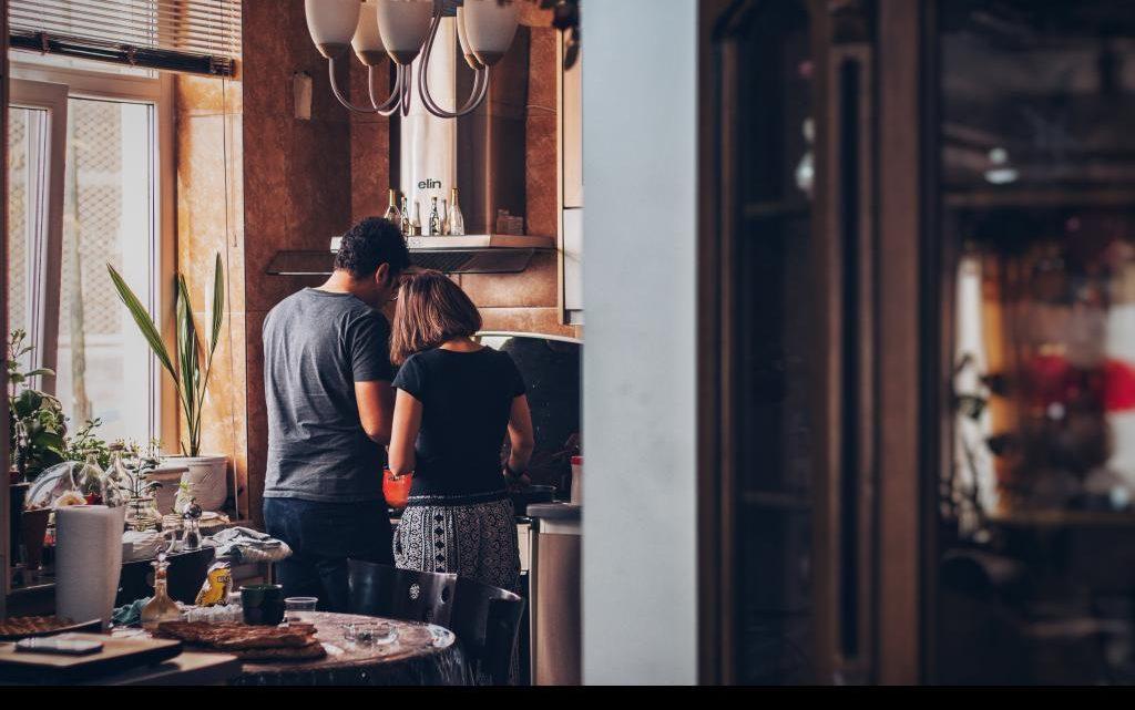 Digital restaurant technology improves hotel and restaurant industries